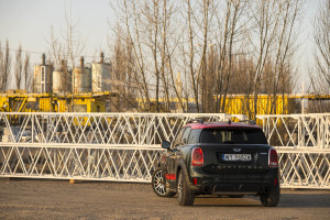 2018-mini-countryman-john-cooper-works-test-14