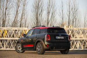 2018-mini-countryman-john-cooper-works-test-15