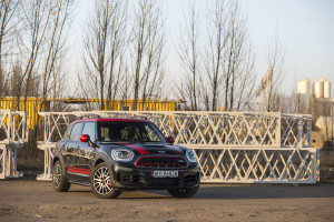 2018-mini-countryman-john-cooper-works-test-23