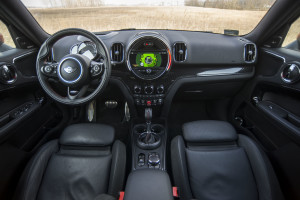2018-mini-countryman-john-cooper-works-test-32