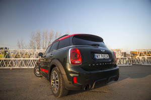 2018-mini-countryman-john-cooper-works-test-6