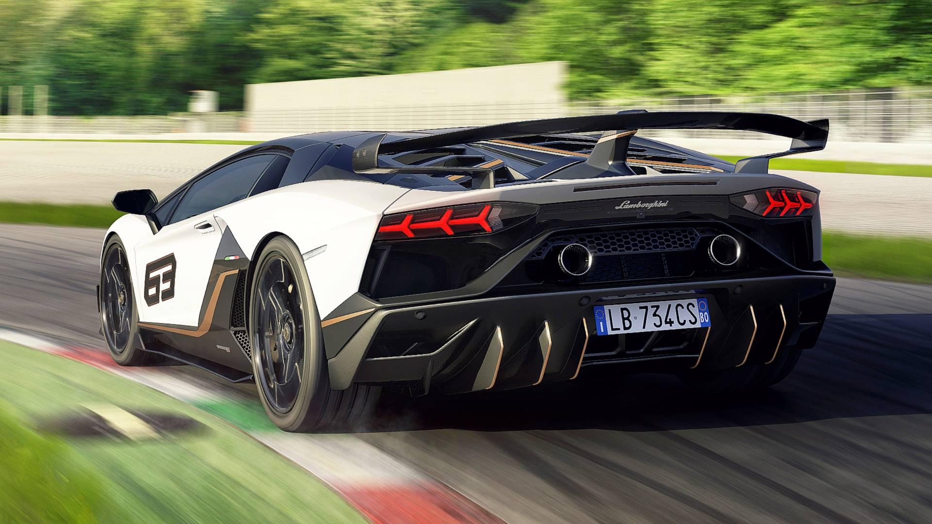 Lamborghini Urus Cena Zl